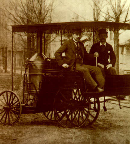 1890 Ransom E. Olds steamer car